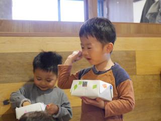 豆まきごっこ👹✨ オレンジ2歳児