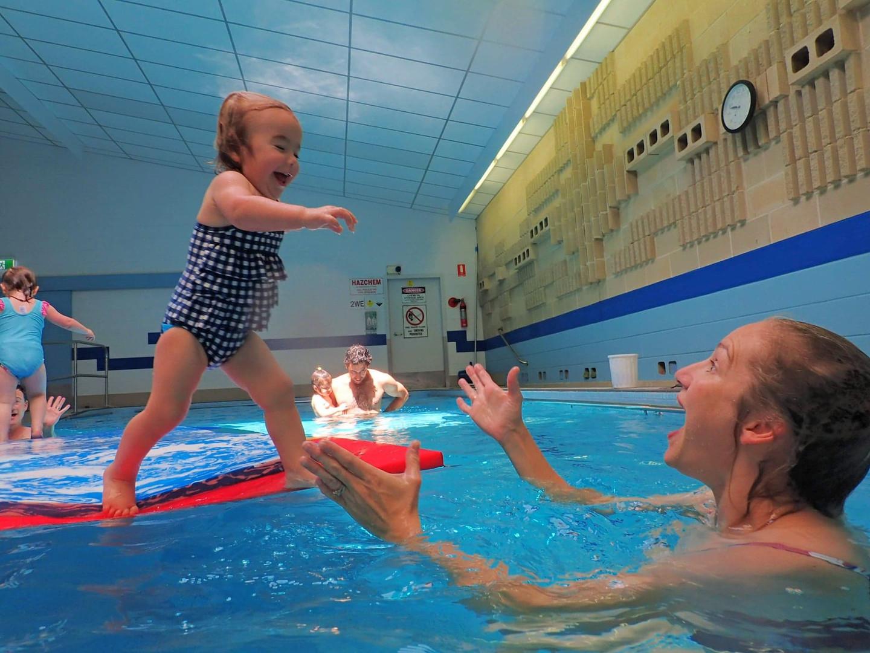 fun swimming lessons with aquanat perth