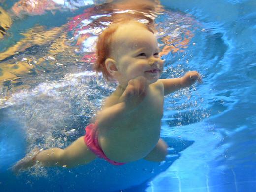 Aquanat underwater water baby swim smili