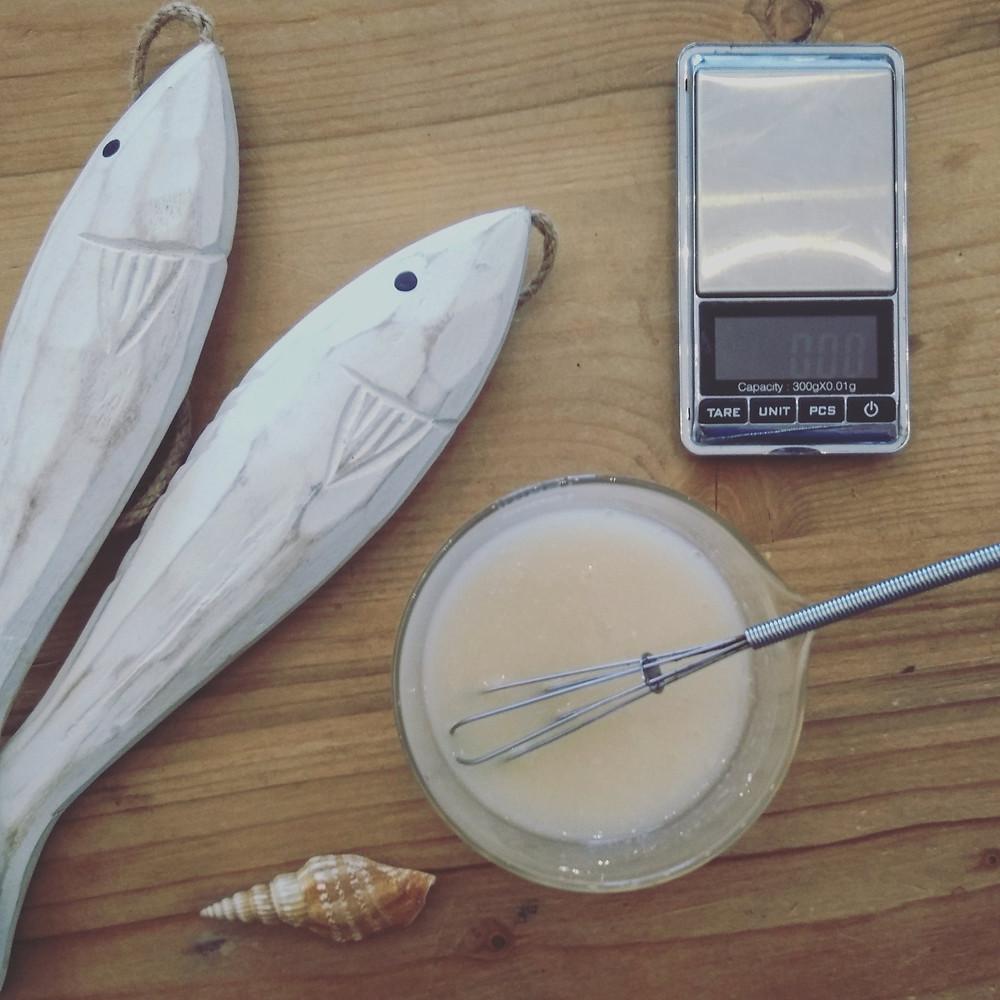 HYGIENE - Gel douche express apaisant réparateur après-solaire au Miel, à l'huile d'Olive & gel d'Aloe vera LE TIROIR AUX ESSENCES
