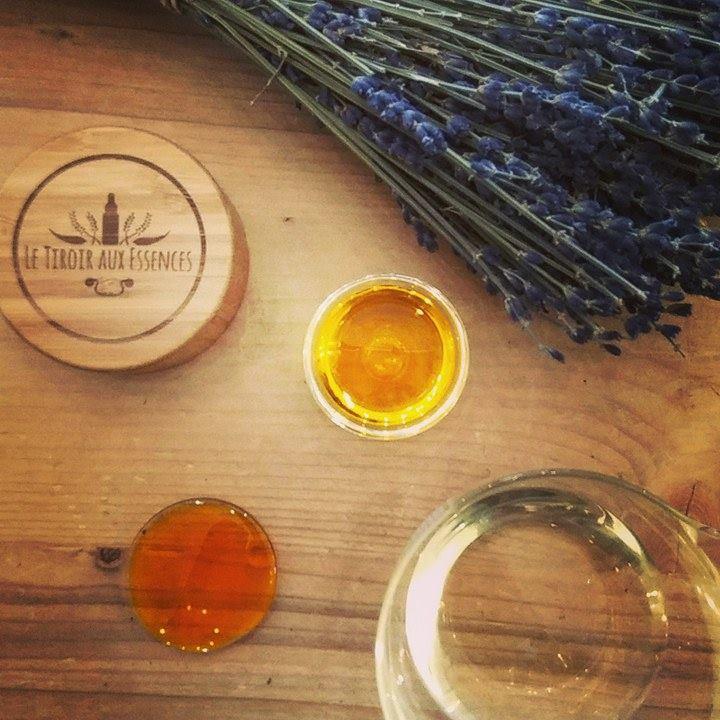 ☼ Huile sèche corporelle vitaminée aux 3 ingrédients - Préparation au soleil ☼ recette Le Tiroir aux Essences