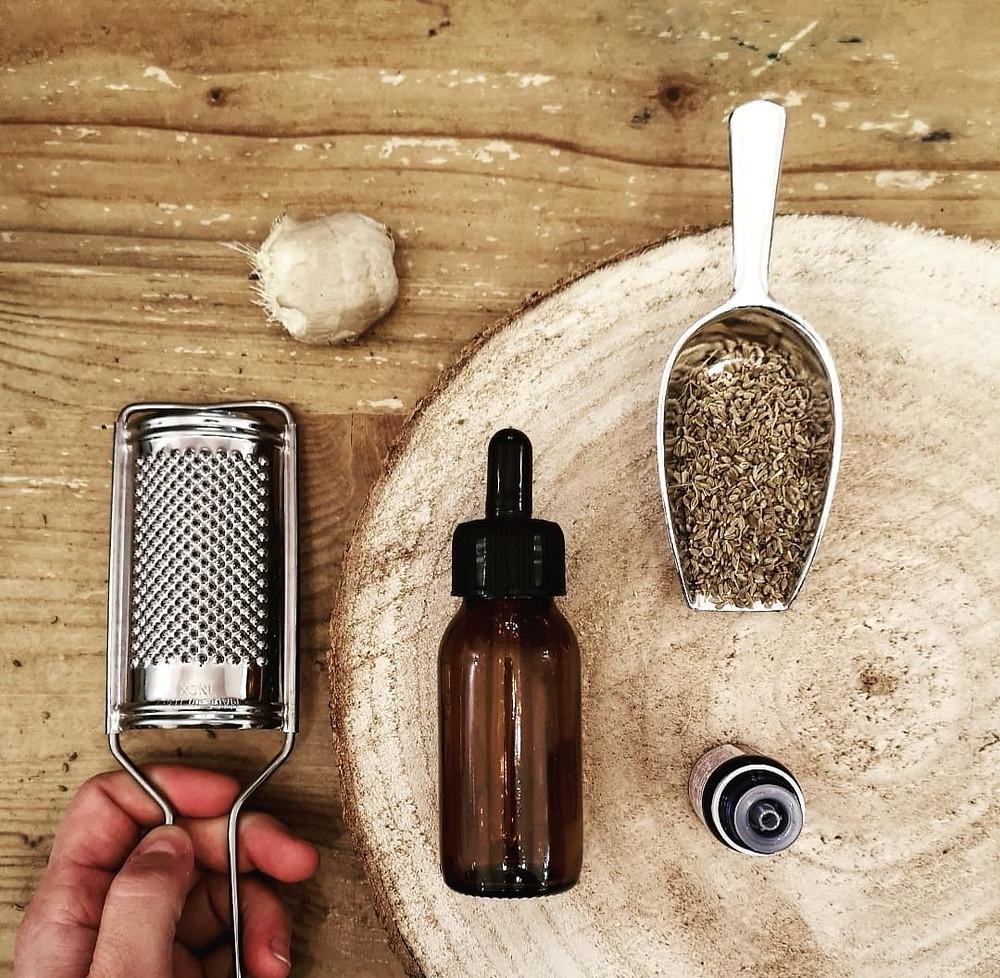 BIEN-ÊTRE : Huile de massage aromatique x Confort & Ré-équilibre Digestif / INES LE TIROIR AUX ESSENCES