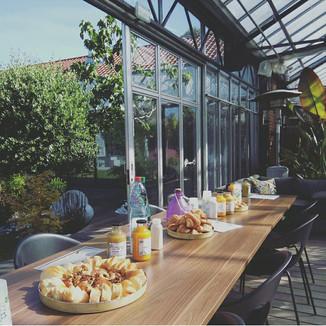 Petit déjeuner Garden party