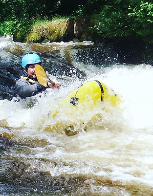 Packraft Moving water course Tirio