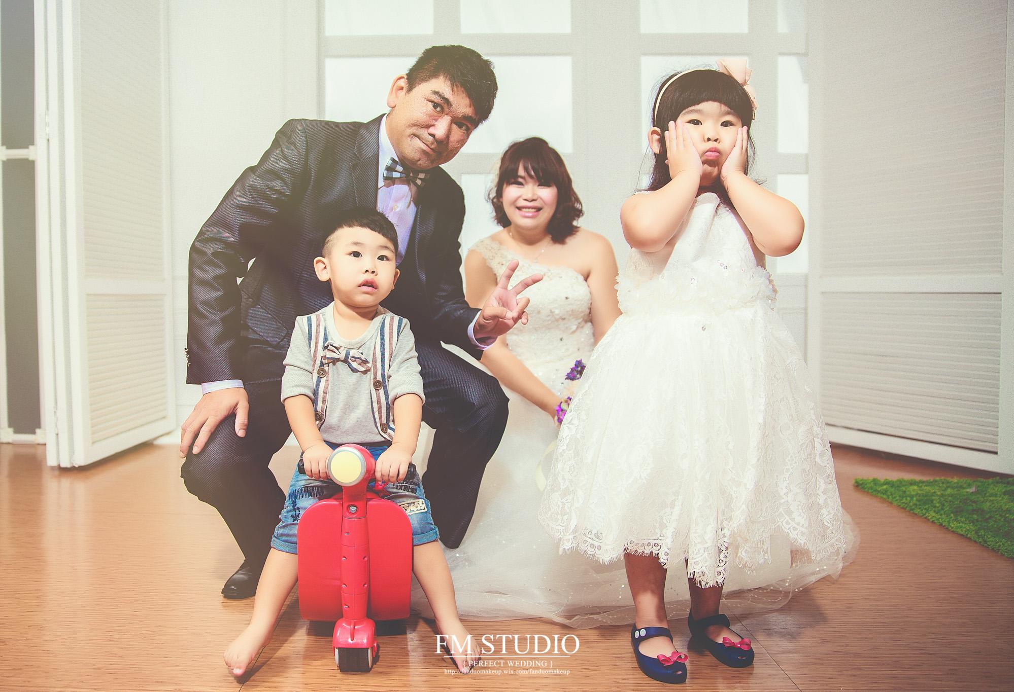 嘉輝+湄鈞親子全家福寫真