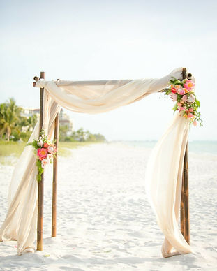 amour-arche-fleurie-mariage-belle-décora
