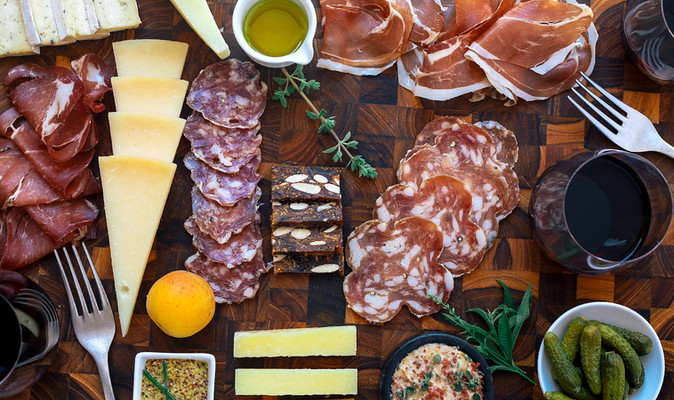Tips for Making a Memorable Charcuterie Board