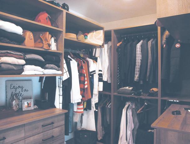AD-kootlake_house_closet.jpg