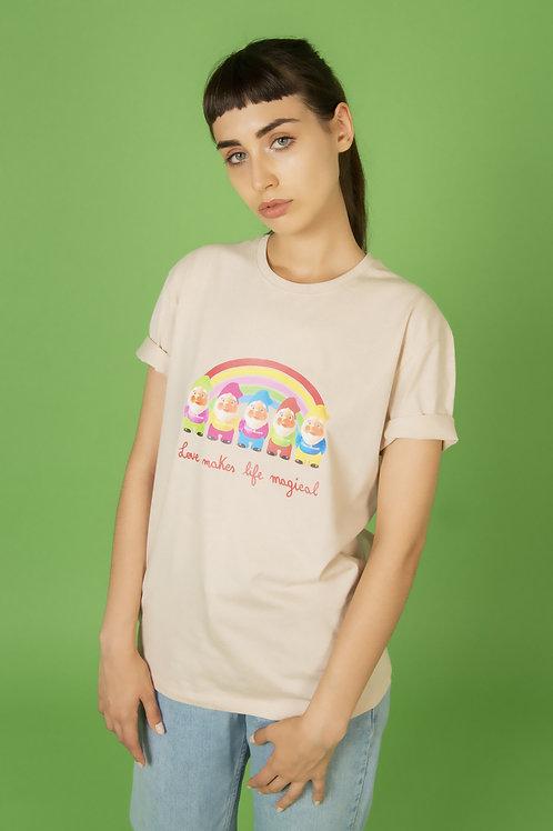 "T-shirt ""Rainbow Gnomes"", cipria"