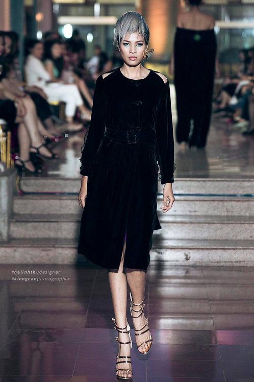Cold-Shoulder Organza Trimmed Black Velvet Midi Dress