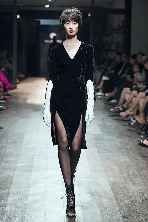 V-neck Pleated Black Velvet Midi Dress