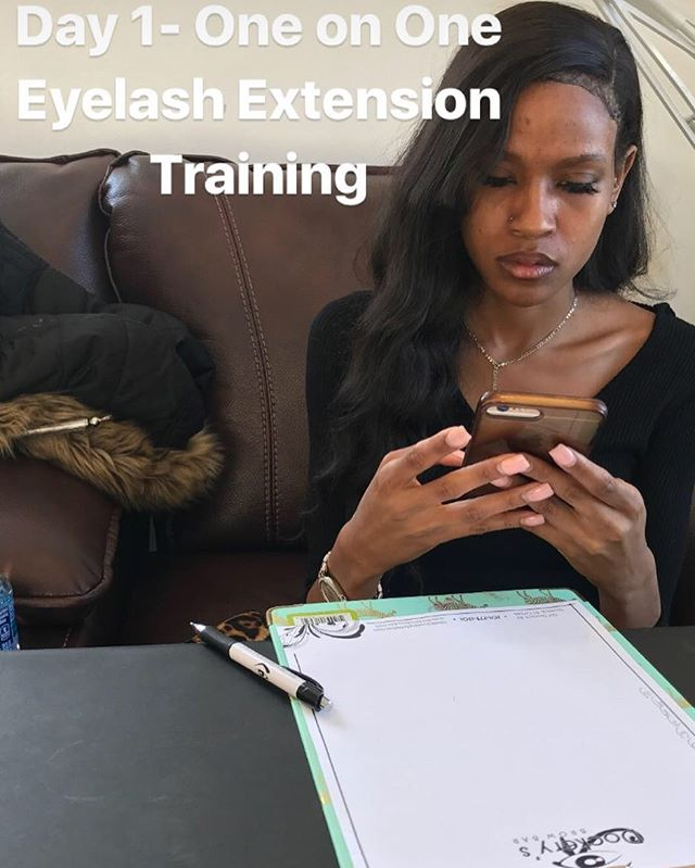One on One Eyelash Extension Training today! She will be making 6 figures by the end of 2018! #njlas