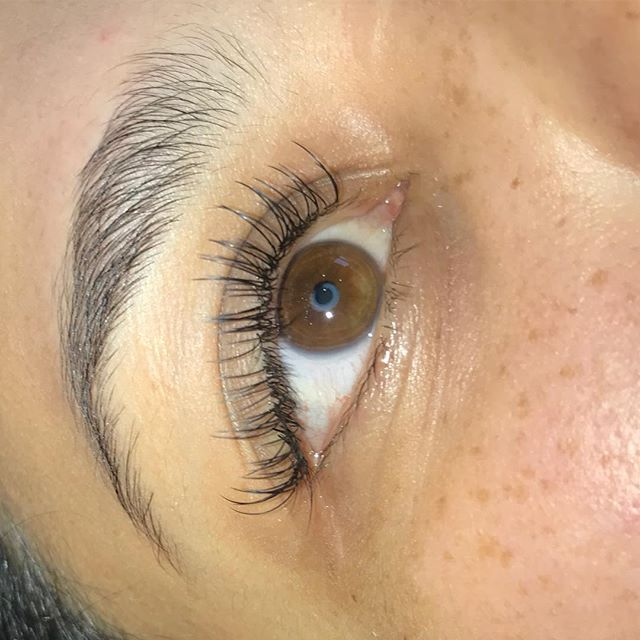 Natural Set Eyelash Extensions done by Rana!_She has availability Tomorrow from 10-4pm