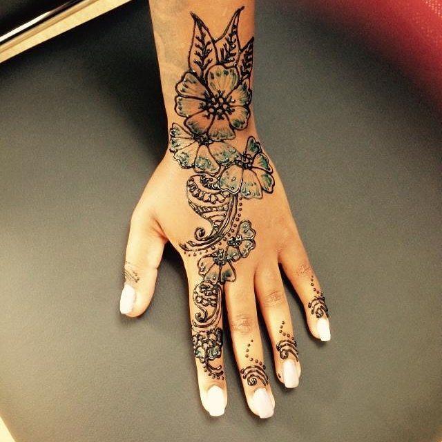 #henna done by Dockerys Brow bar! #hennanj #njhenna