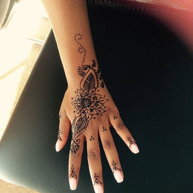 #henna at Dockerys Brow bar! #njhenna #njhennaartist #blackhennanj #hennanj