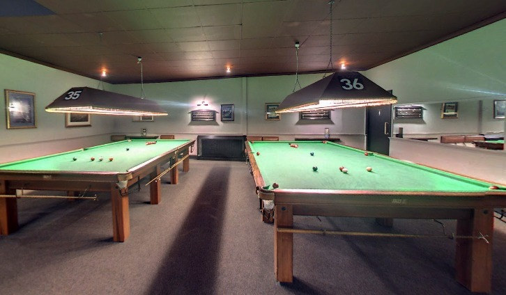 ORGANISE SNOOKER COMPETITIONS WITH YOUR FAMILY OR FRIENDS