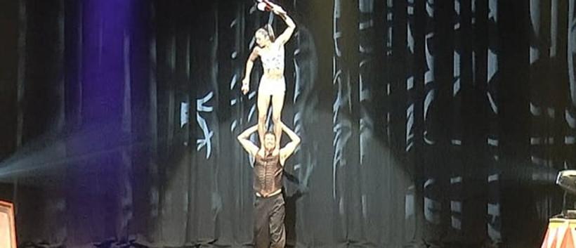 MulletMan & MiM - Juggling & Acro Act