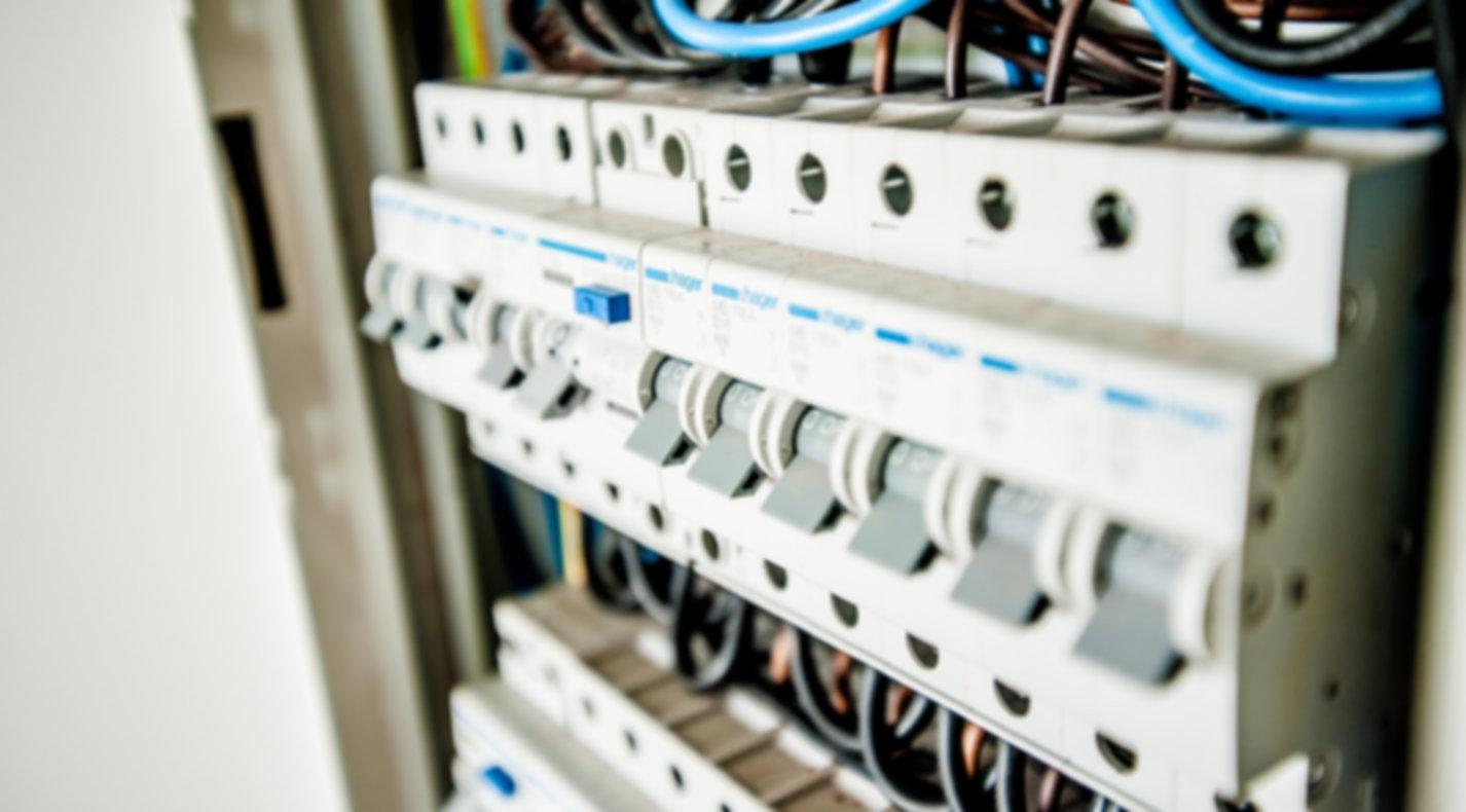 electric-1080585_1920.jpg