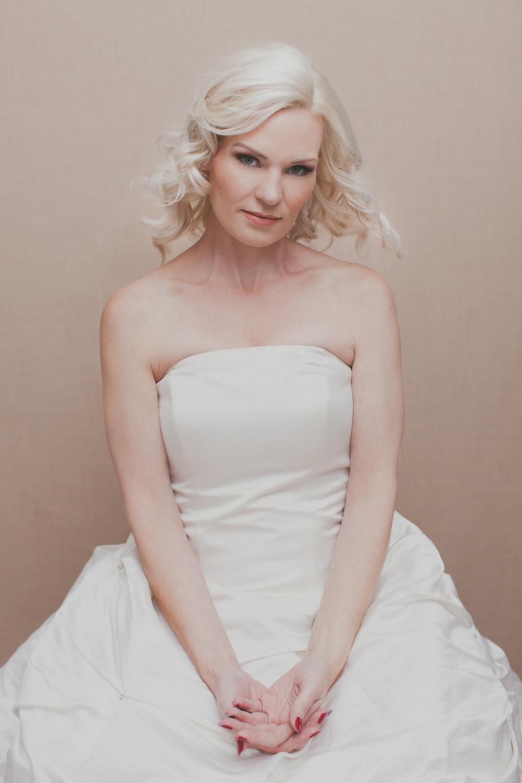 Lucy Wedding Dress Portrait