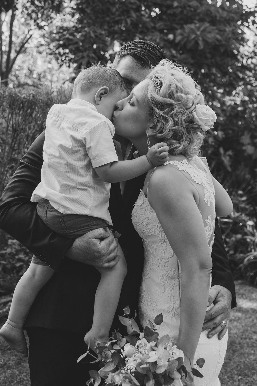 Documentary wedding photography - Craig and Nadine