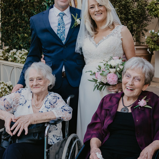 Nina and Leon   Family Formals