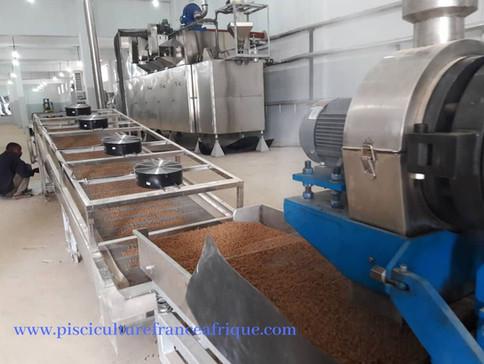 Matériels et équipements pour la fabrication d'aliment pour poissons