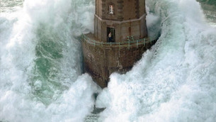 Leadership - Be the Lighthouse