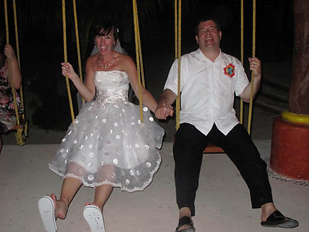 Erin and Ray swings.jpg