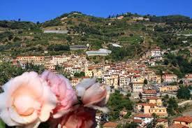 Da San Biagio della Cima a Perinaldo e Dolceacqua                 ( in e-bike o a piedi )