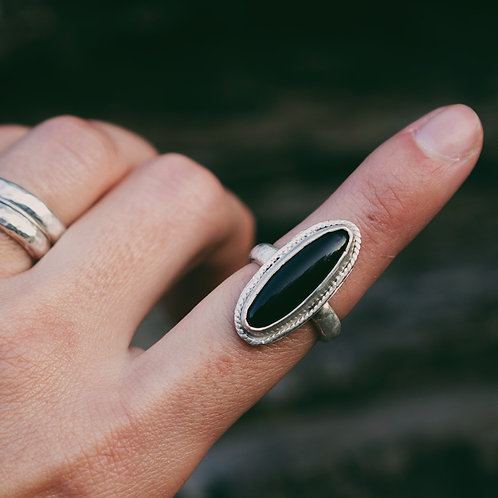 onyx twisted wire ring 5