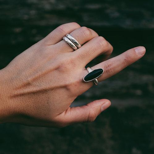 onyx ring 6