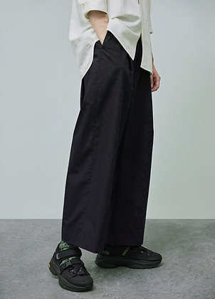 Wide legs trousers in black