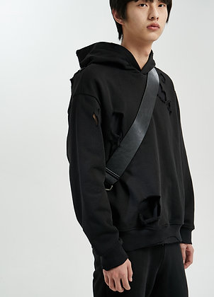 Destructed hoodie in black