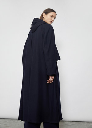 Long loose-fitting coat