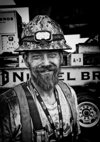 Nickel Bros Staff - Industrial Photography