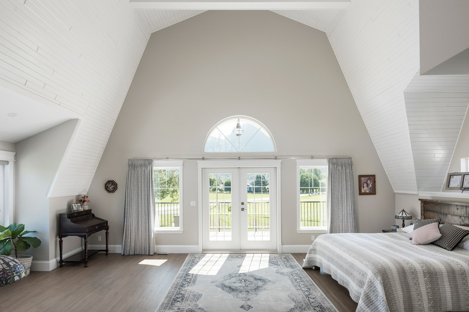 Vaulted Ceiling Bedroom - Interiors Photography
