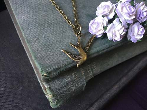 Swallow Bird Pendant Necklace Bronze