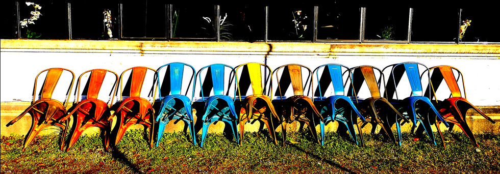 chairs color by Leo Gesess Photographer www.huawei.com Switzerland www.comcom.ooo