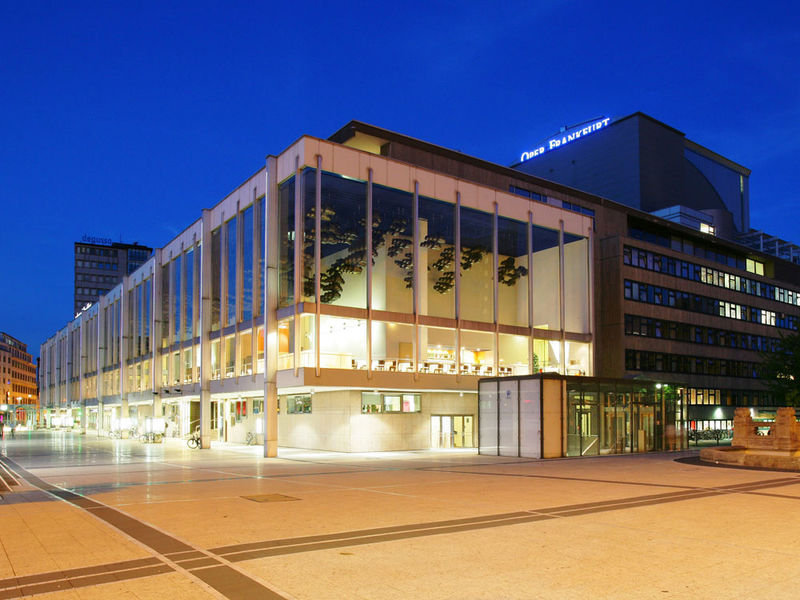 Oper-Frankfurt-1.jpg