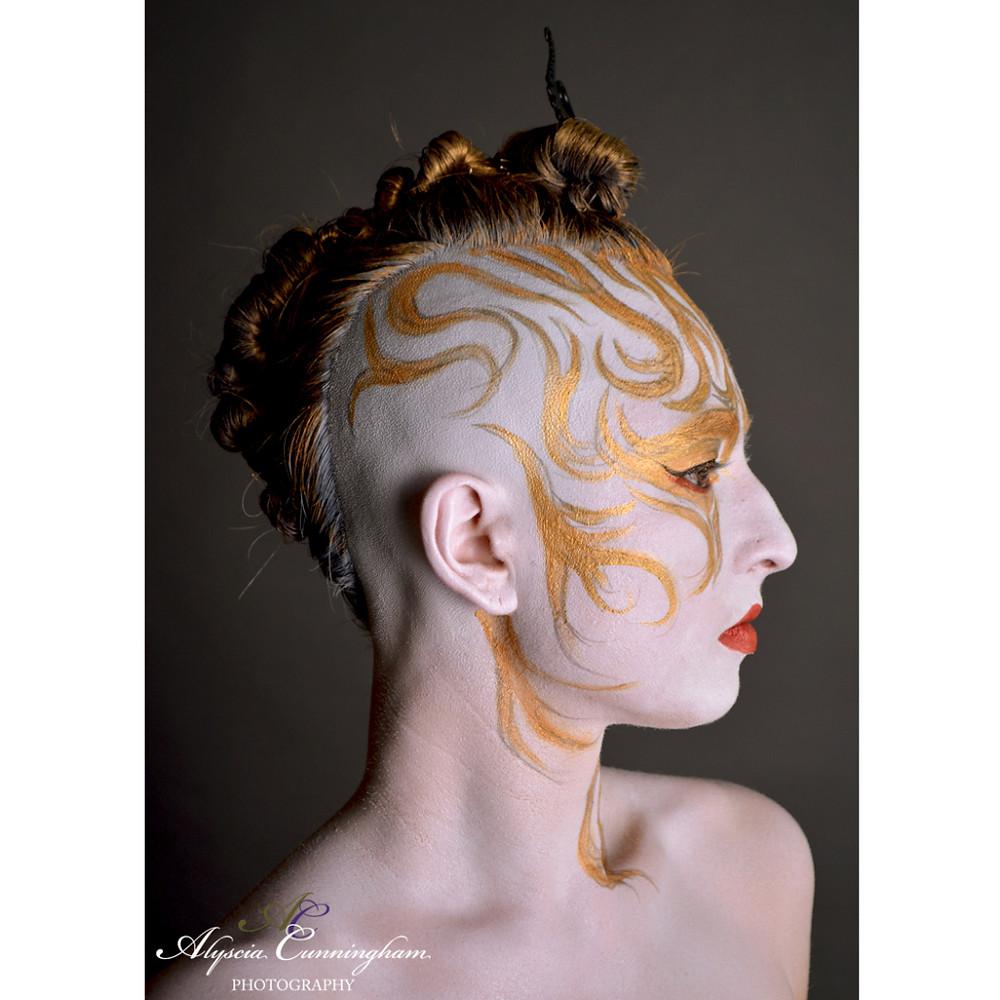 "Portrait of an ""I Am More Than My Hair"" participant, Shanna, 38."