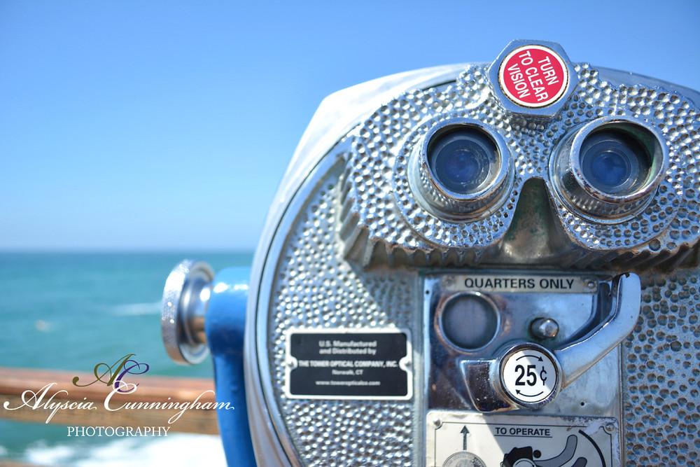 Photo of an optical binocular on Oceanside Pier.