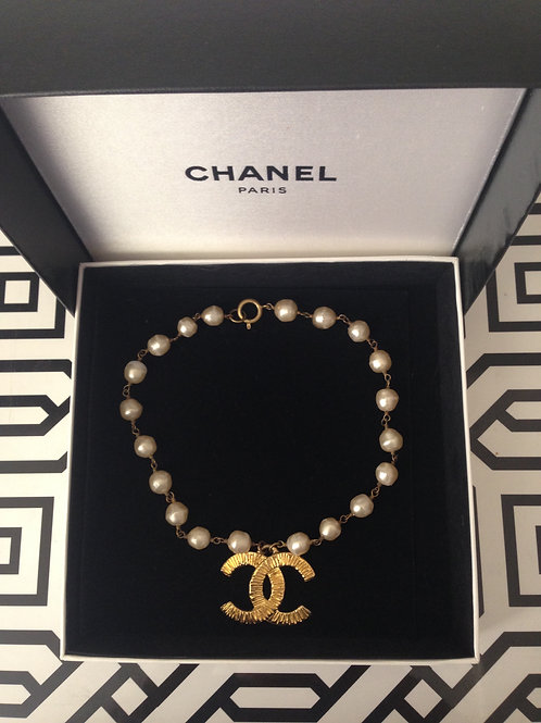 CHANEL Timeless Pearl Choker