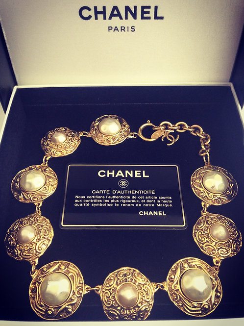 CHANEL Pearl and Swirl Magnificent Choker
