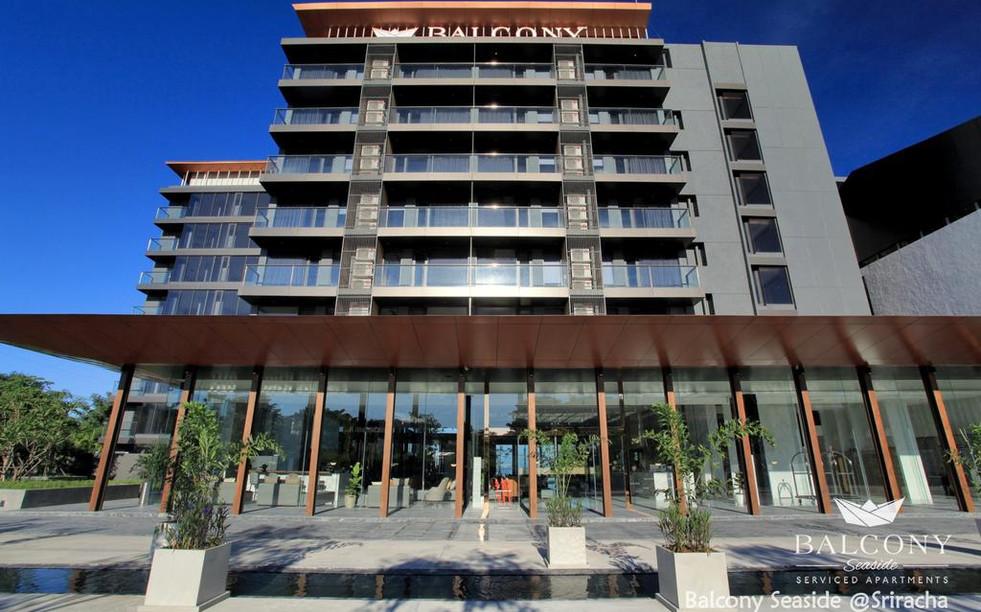 Balcony Seaside Sriracha Hotel & Serviced Apartments Project
