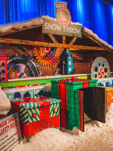 Santa's Snowball Toss