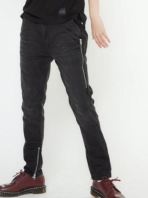 Konus Men's Double Entry Pocket Denim in Black
