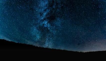 Šumava, mléčná dráha na noční obloze