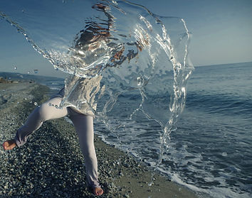 Dance, movement, water, calabria, light, sea, dancer, reflection, refraction, diffraction