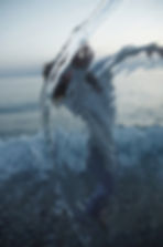 water, movement, light, dancer, sea, sky, calabria, splash