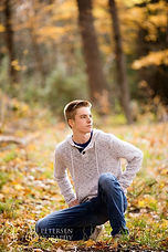 Senior_Portrait-00007_w980_h_q85_w980_h_